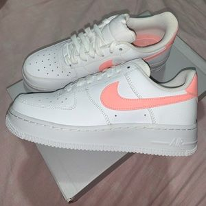 Brand New Nike Air Force 1 '07 'Oracle Pink'